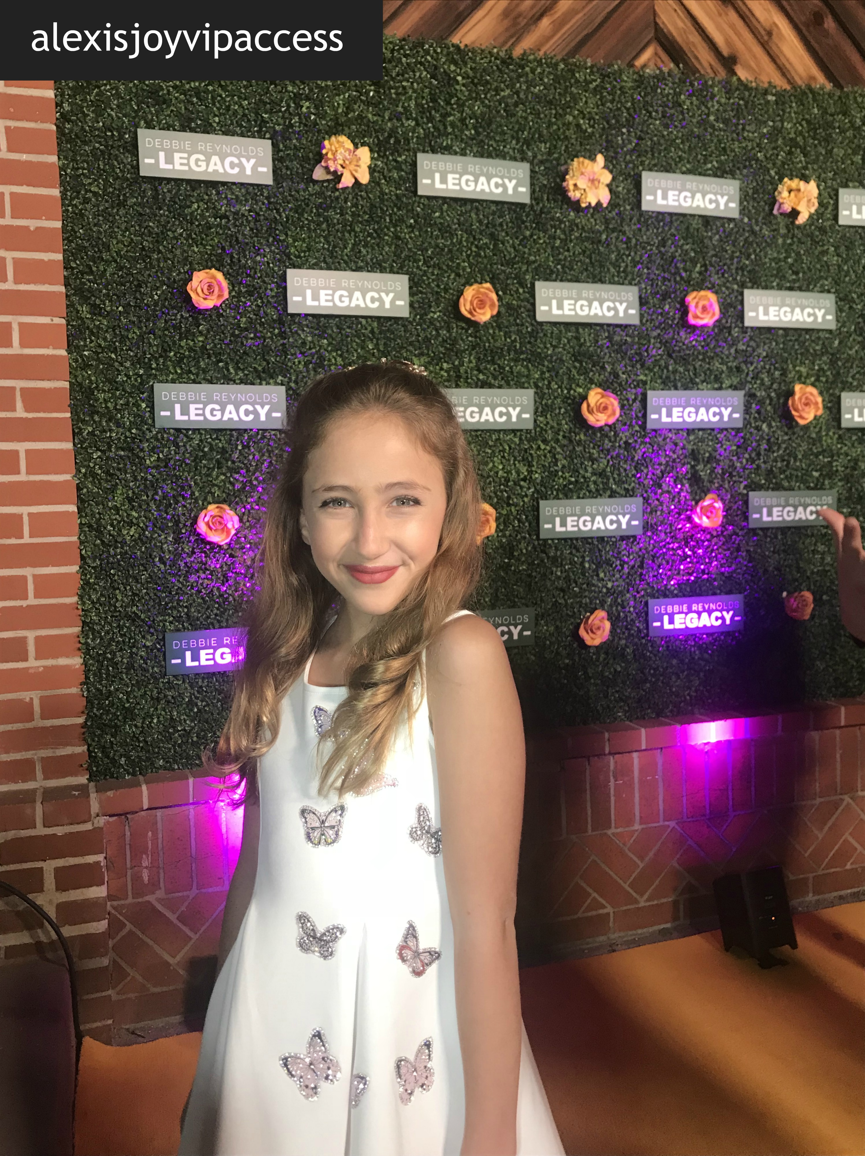Vipaccessexclusive Ava Kolker Interview With Alexisjoyvipaccess At The Debbie Reynolds Legacy Studios Grand Opening Alexisjoyvipaccess